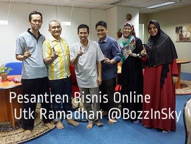 Rapat Pesantren Bisnis Online