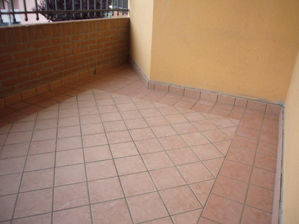 Pavimento terrazza. stunning pavimenti esterni pavimenti giardino