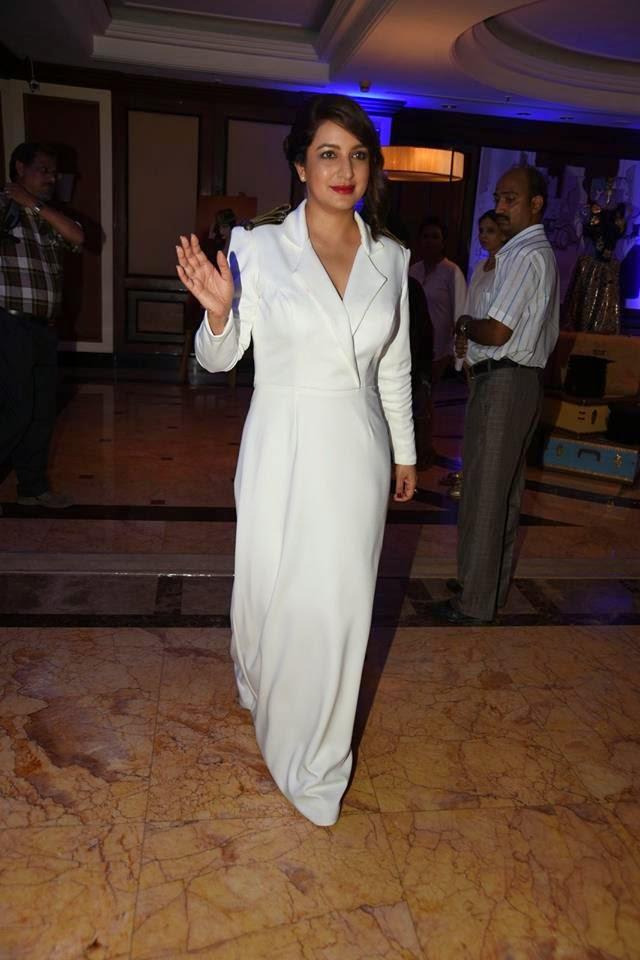 Shahrukh Khan & others at ICICI NRI of The Year Award