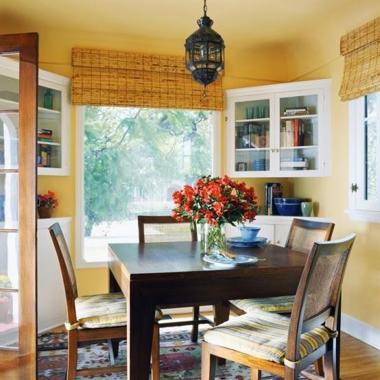 تصميمات رائعه لغرف المعيشه المغربيه  Exquisite-moroccan-dining-room-designs-22-554x554