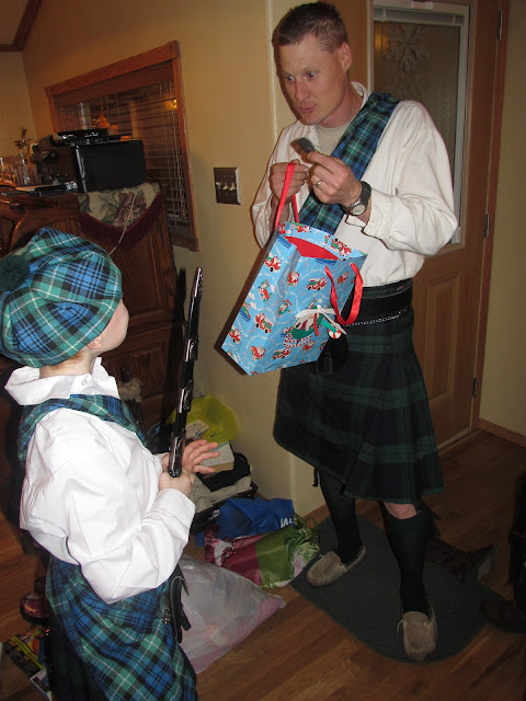 Hogmanay traditions first footing