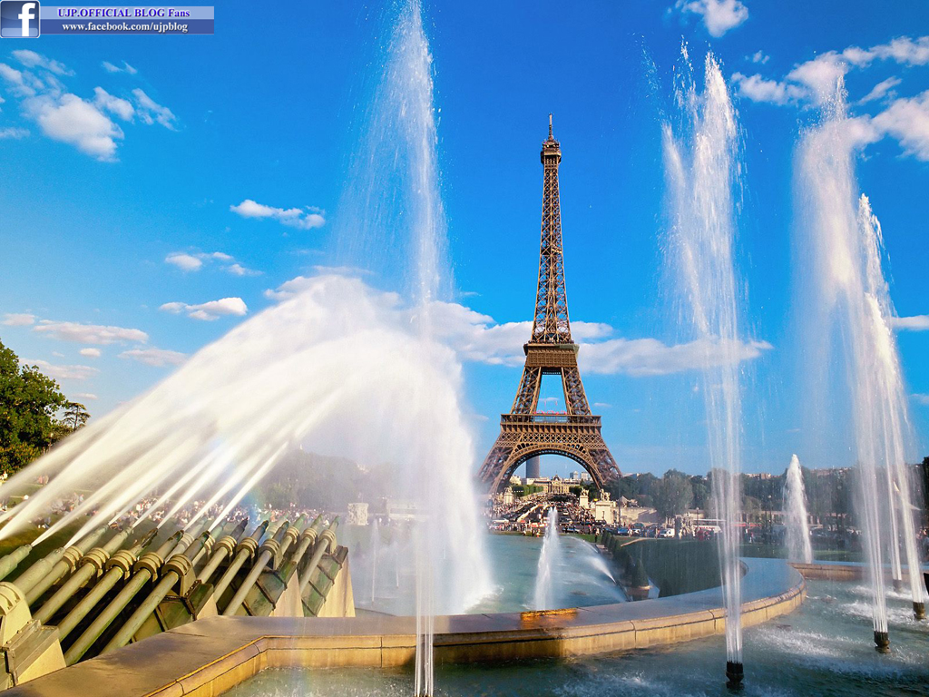 Eiffel Tower The Most Romantic Place In The World Pak Fashion