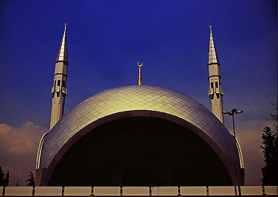 Masjid Cantik Ini Hasil Sentuhan Seorang Wanita