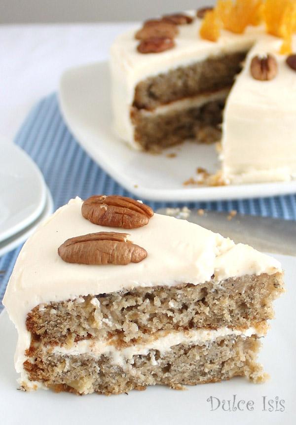 Torta de Piña y Plátano (Hummingbird Cake)