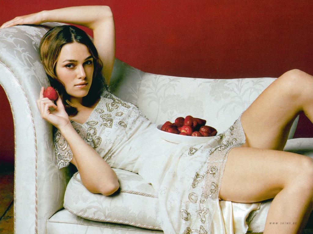 Keira Knightley Hot Ac... Rosie Huntington Whiteley Bio