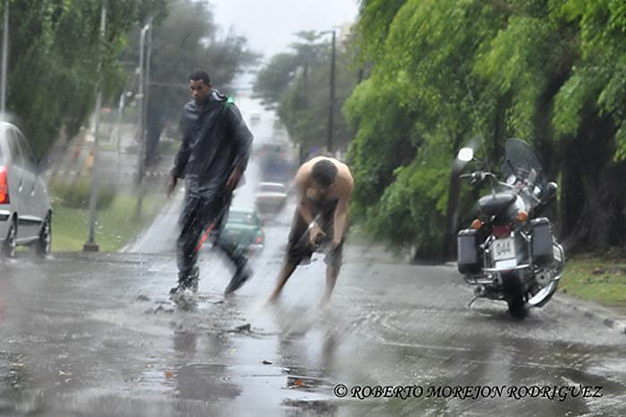 Intensas lluvias en la tarde del 10 de abril de 2013, en La Habana, Cuba