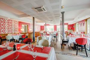 Le Restaurant Rouge & Blanc