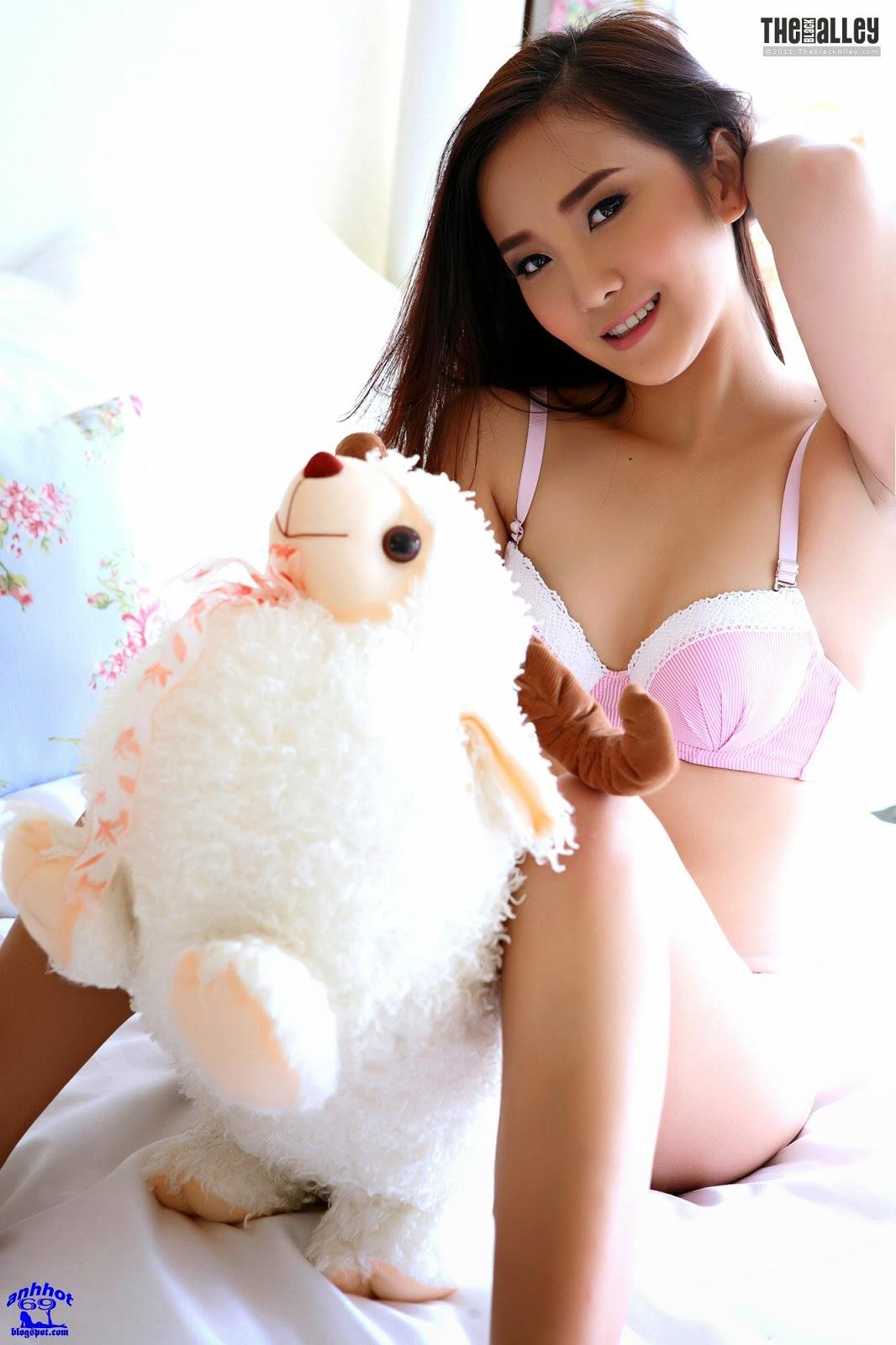 lolita-cheng-64-028