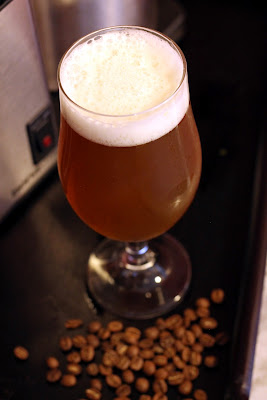 American Blonde Ale aged on Coffee Beans.