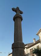 Detall de la Creu de Terme del carrer Major de Collsuspina
