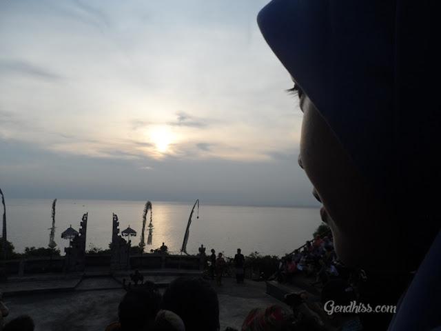 Eksotisme Pura Luhur Uluwatu