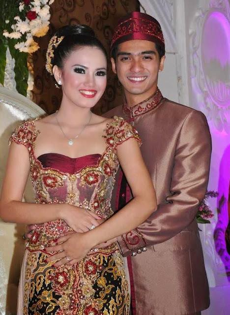 Pernikahan Ricky Harun Herfiza Novianti