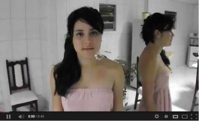 Gadis Ini Menjual Keperawanan Di Youtube