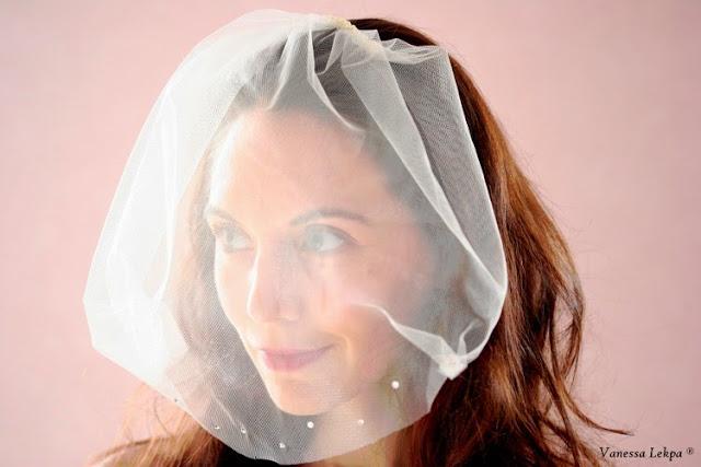 photo  voile et voilette de mariée, belle mariée brune rousse inspiration. style vintage voile de créateur pas cher sur mesure