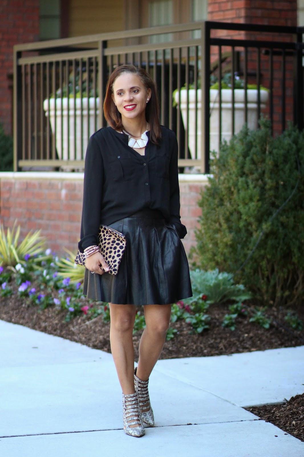 black-leather-pleated-skirt