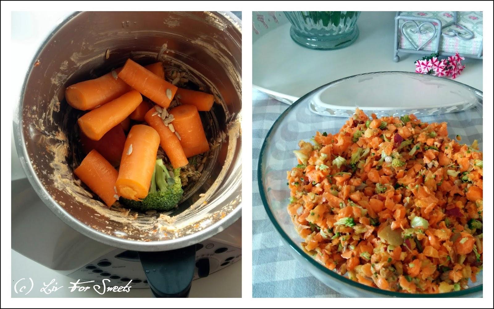 Gemüse wird im Thermomix TM31 gehäckselt und wird zu Salat