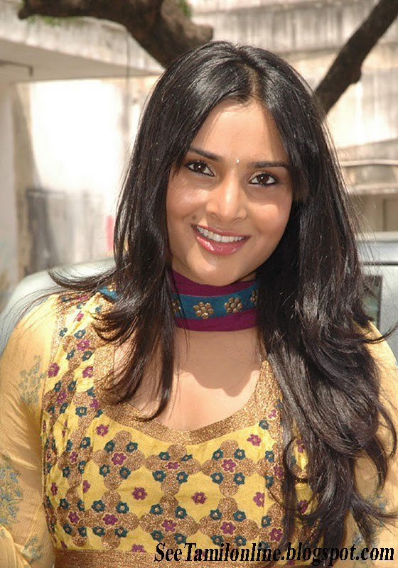 Divya Spandana leatest galery | SEETAMILONLINE Naan Sigappu Manithan Tamil Movie