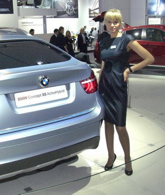 Moscow auto show girls pictures