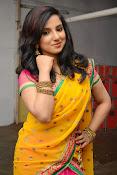 Leema glamorous photos in half saree-thumbnail-10