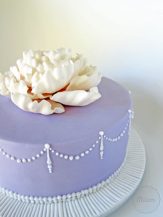 how to make a bright purple cake