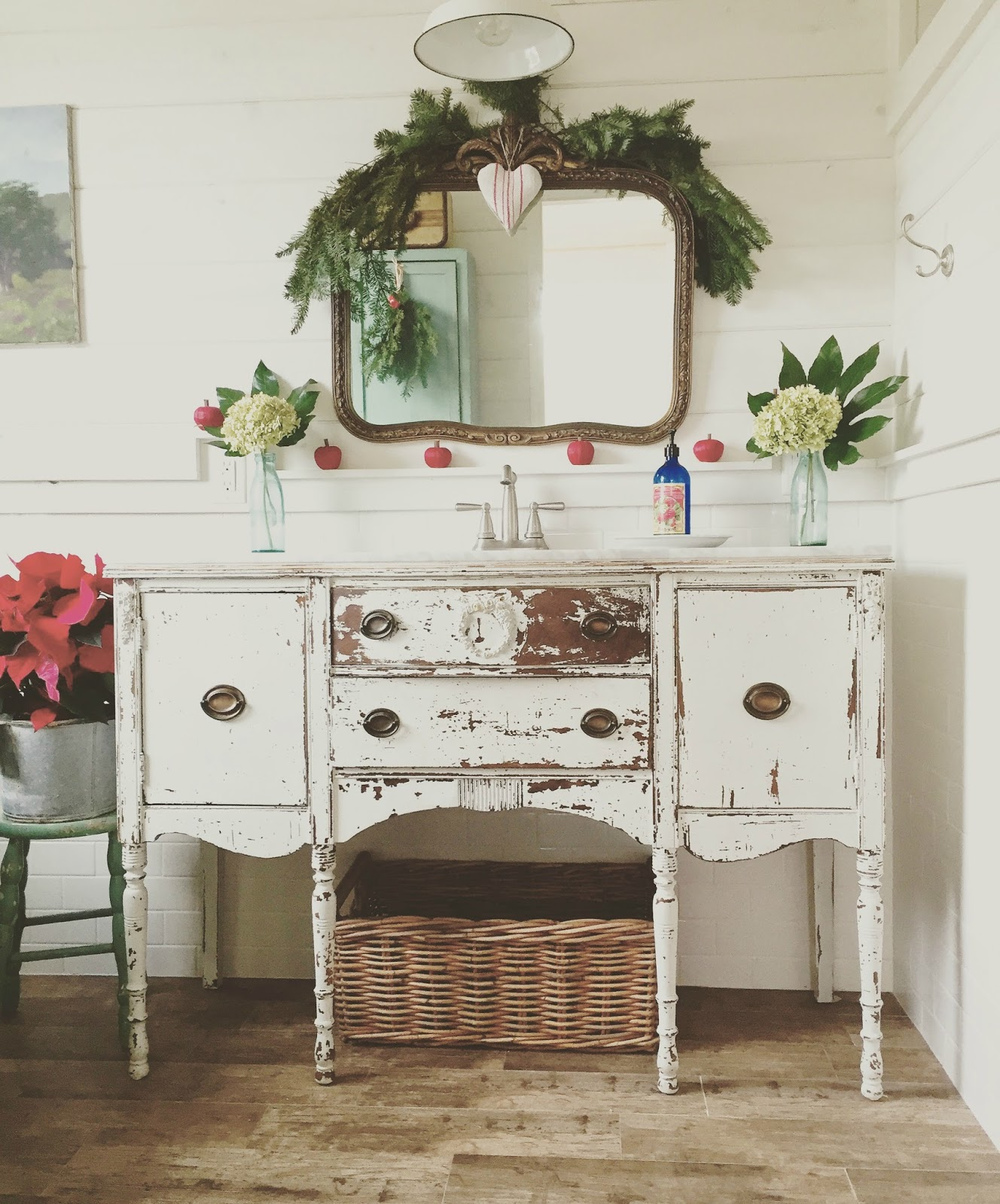 D.D.'s Cottage And Design: A Bit More Christmas Around My House