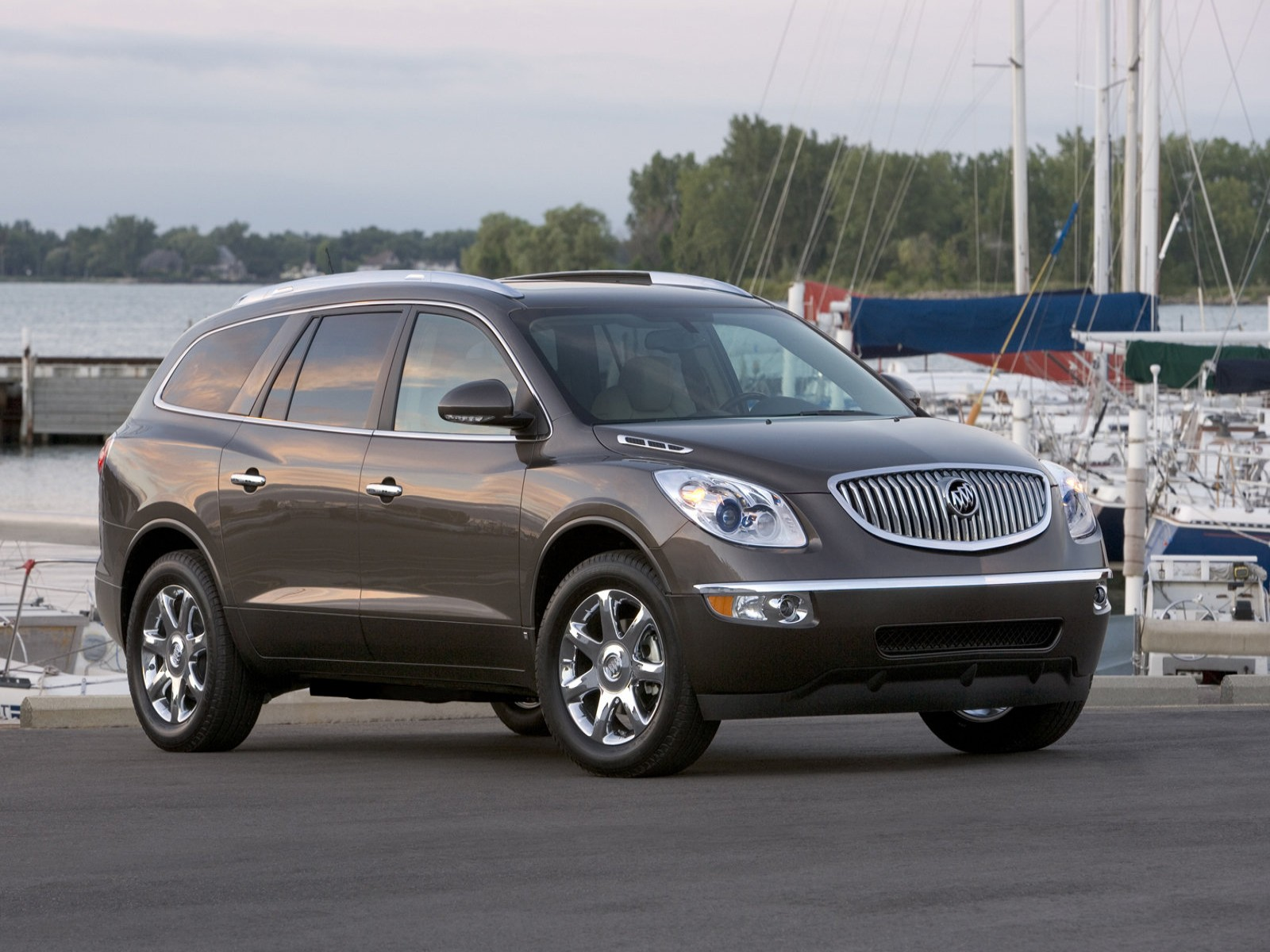 Buick Enclave on 2007 Buick Lacrosse Inside