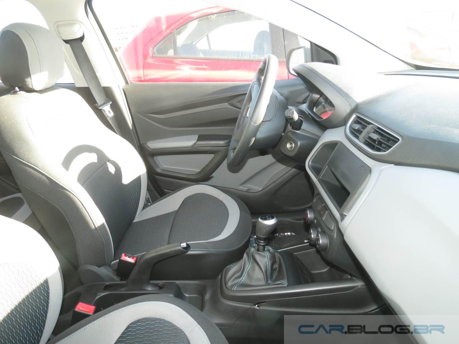 Chevrolet Onix LS 1.0 2015 - Interior