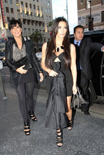 Tight Black Dress on Short Black Tight Dress Kim Kardashian Looks Sexy In Black Mini Dress