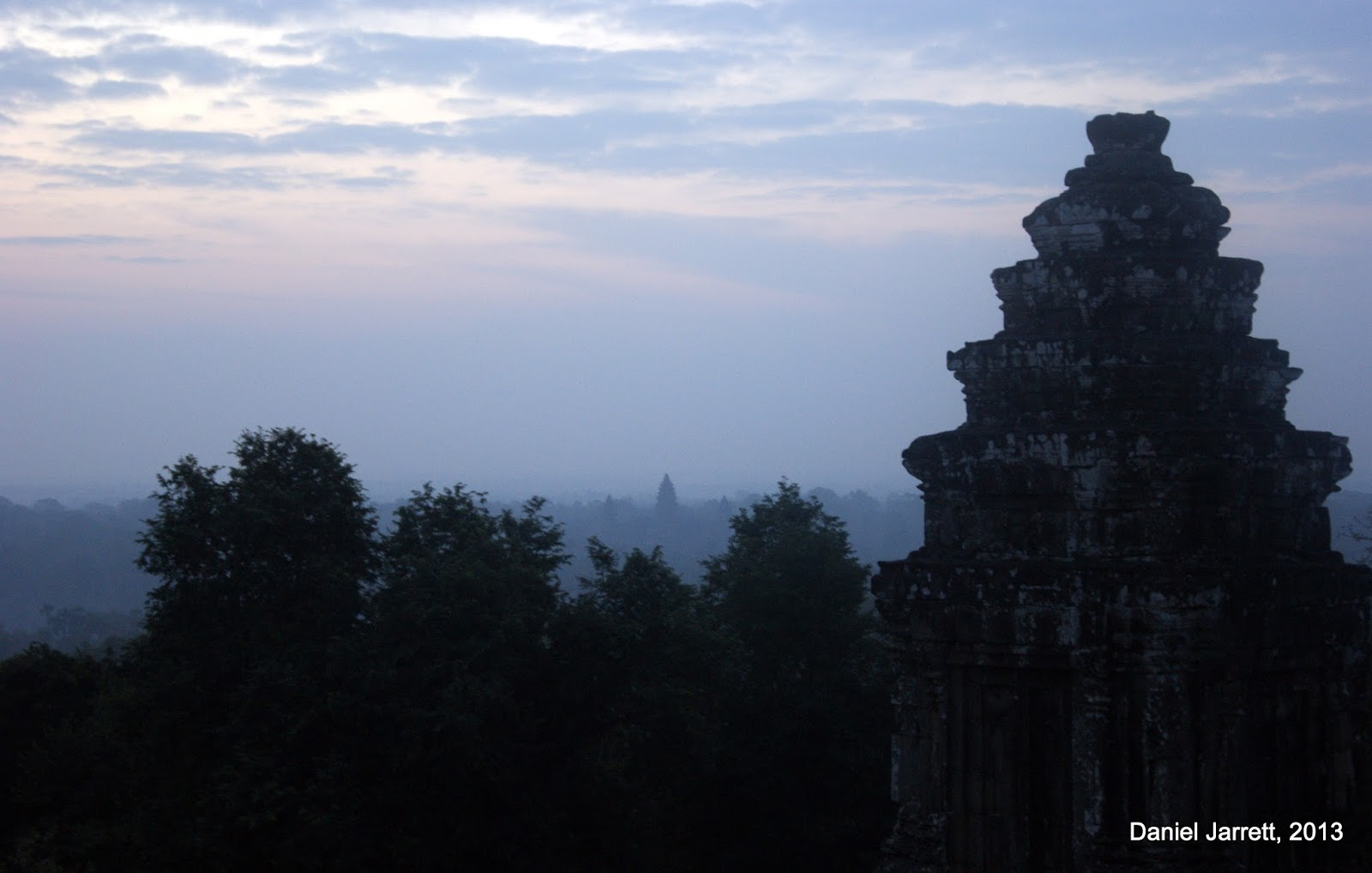 Sunrise from Phnom Bakheng