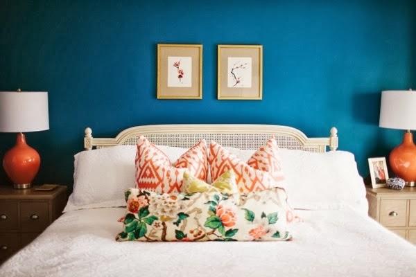 Mavi-Beyaz Yatak Odası Modeli- Geniş Resimli