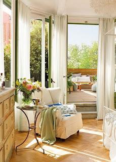 romantic bedroom design with semicircular windows 6 554x774 Desain Kamar Tidur Romantis Dengan Jendela setengah lingkaran