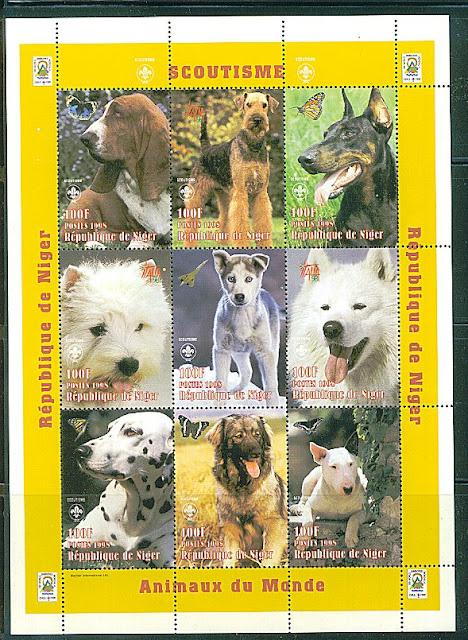 1998年ニジェール共和国 バセット・ハウンド エアデール・テリア ドーベルマン ウエスト・ハイランド・ホワイト・テリア シベリアン・ハスキー サモエド ダルメシアン レオンベルガー ブル・テリアの切手シート