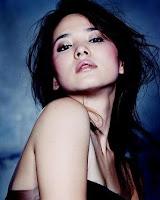 Song-Hye-Gyo-slimming-bra