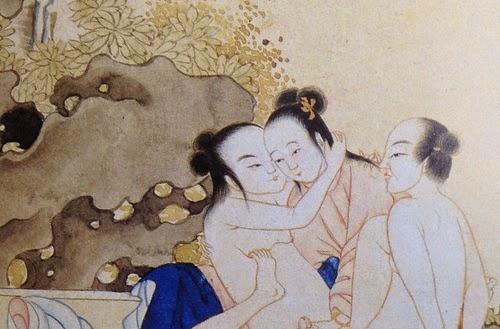 Menage a trois em pintura da China, com dois homens e (parece) uma mulher