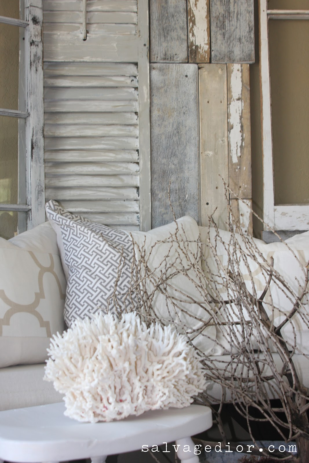 Rustic coastal summer decor an interview with salvage for Summer beach decor