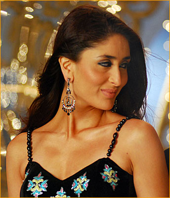 wallpaper of kareena kapoor. Bollywood Wallpapers - Karina
