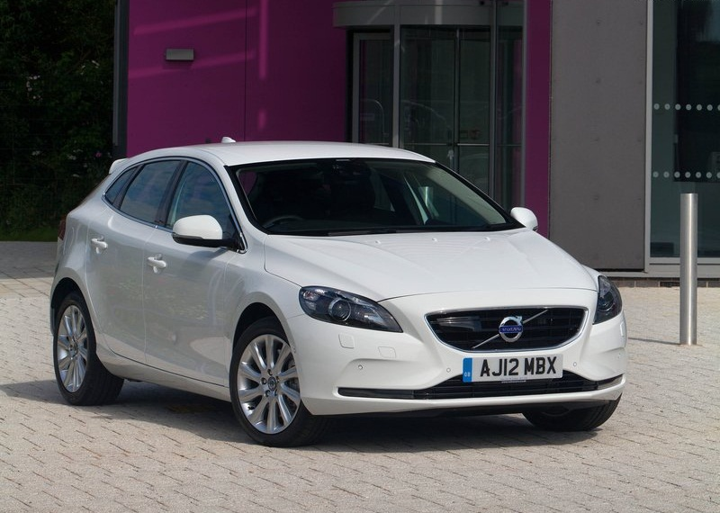 CAR GARAGE | Volvo V40 (2013) | Volvou0027s Reputation For Safety Leadership  Has Not Been Overlooked. A New Innovation, Pedestrian Airbag Technology, ...