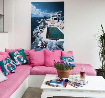 sala acentos rosa