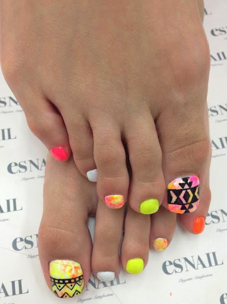 amazing toe nail design