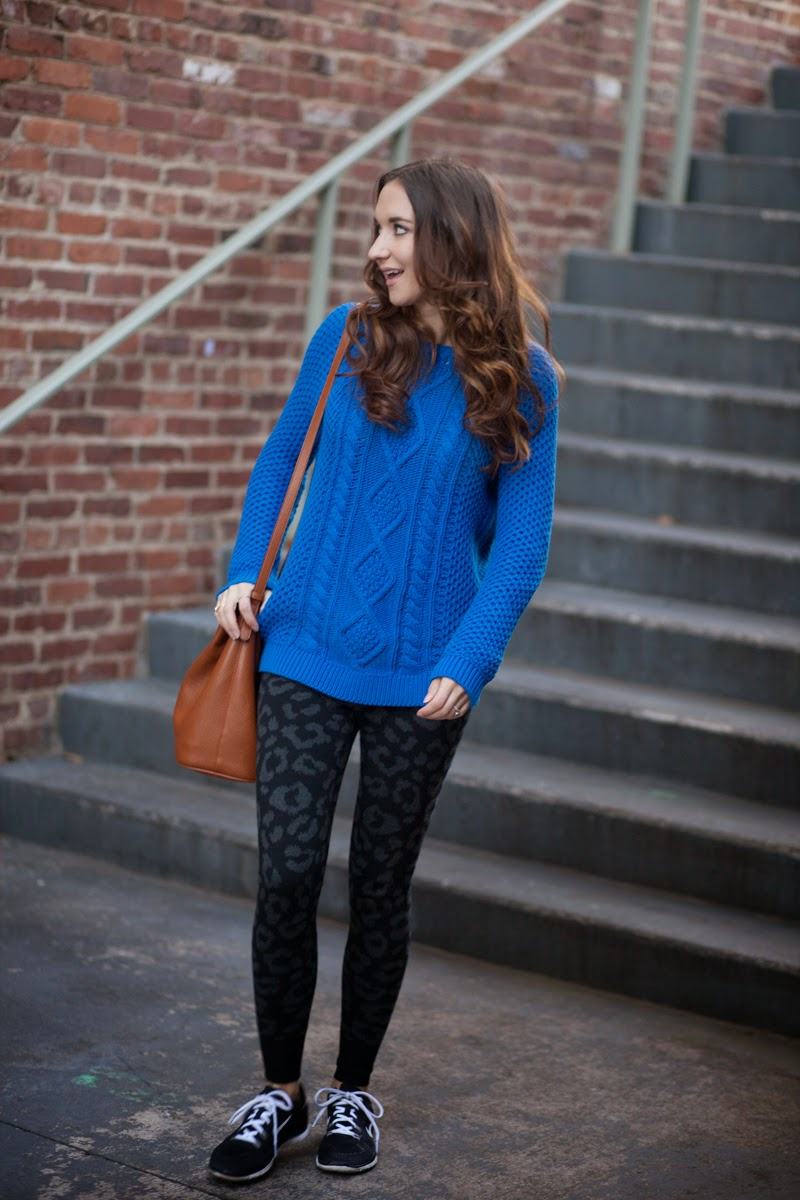 cable knit sweater, blue sweater, leopard print joggers, leopard print leggings, drop crotch pants, nike free, black and white nikes, bucket bag, old navy bucket, fall fashion, fall sweater, forever 21 fashion
