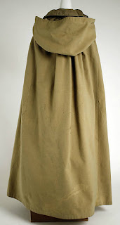 Hooded Cloak with collar-back view