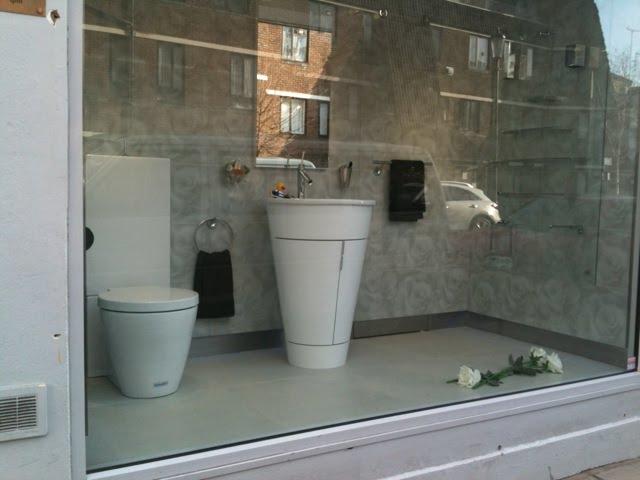 Pre Pentimento The Bathroom Of Elviss Death  How Elvis Died Toilet Related  Keywords How Elvis. Elvis Death Photo Bathroom