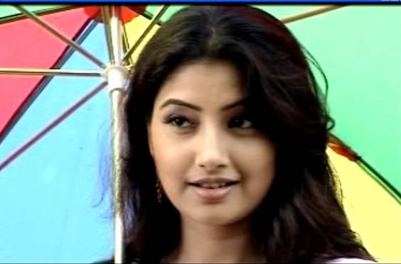 gayatri mahanta - photo #8