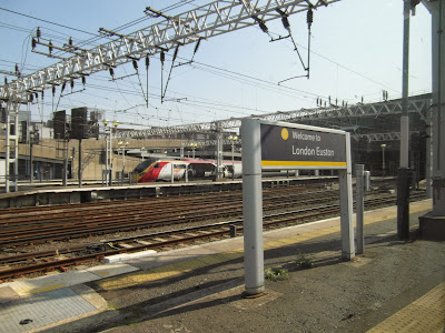 Virgin Trains Class 390 Pendolino at London Euston Station