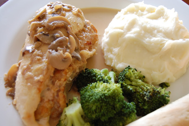 Cook create consume olive garden 39 s stuffed chicken Stuffed chicken marsala olive garden