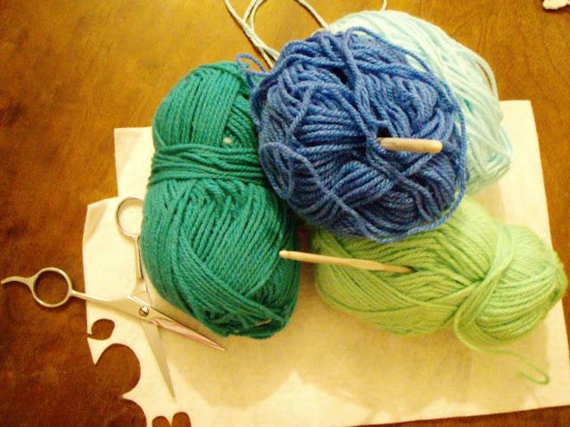 blue aqua yarn