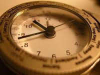 Arti AM dan PM dalam Jam atau Waktu