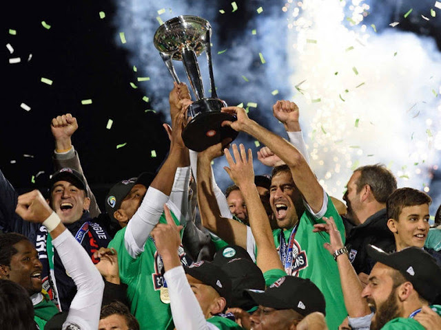Raul Signs Off on a Brilliant Career by Winning NASL Title For New York Cosmos