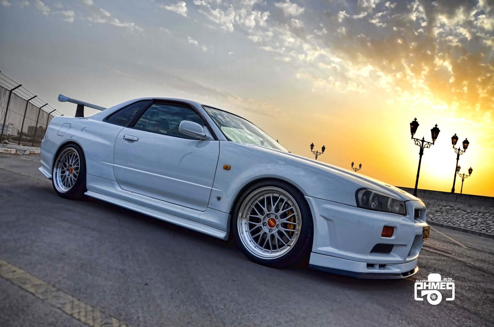 Car pics and vids: Nissan Skyline R34 GT-R Collection 16