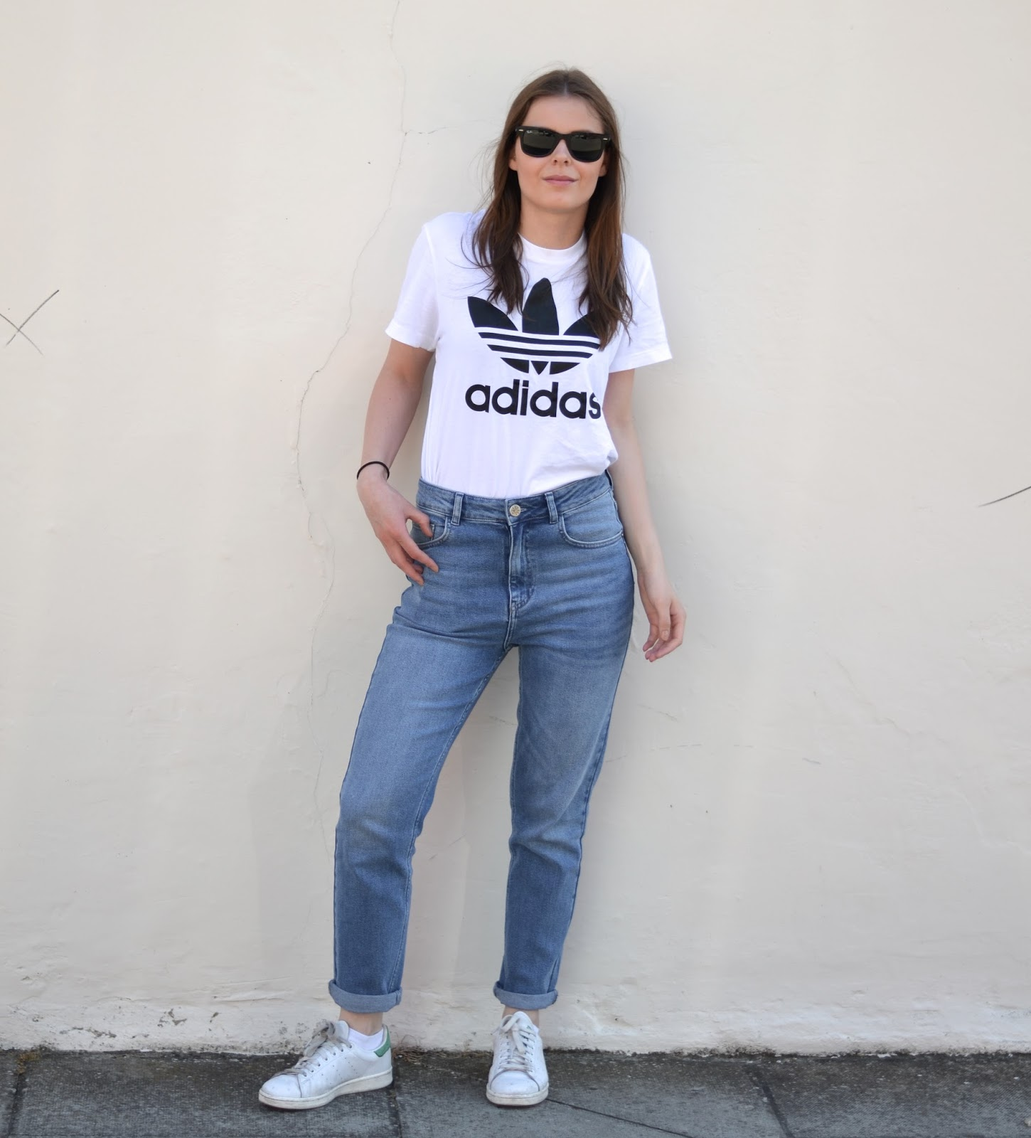 girlfriend jeans adidas originals tshirt itslilylocket